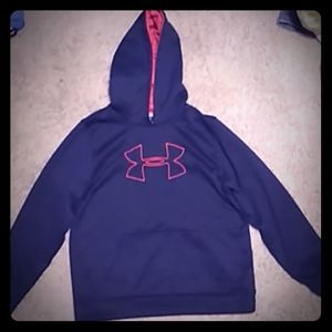 NWOT Guy's Under Armour Hoodie size Youth XL